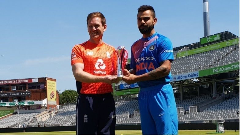 Virat Kohli with English Cricket captain during India vs England cricket match