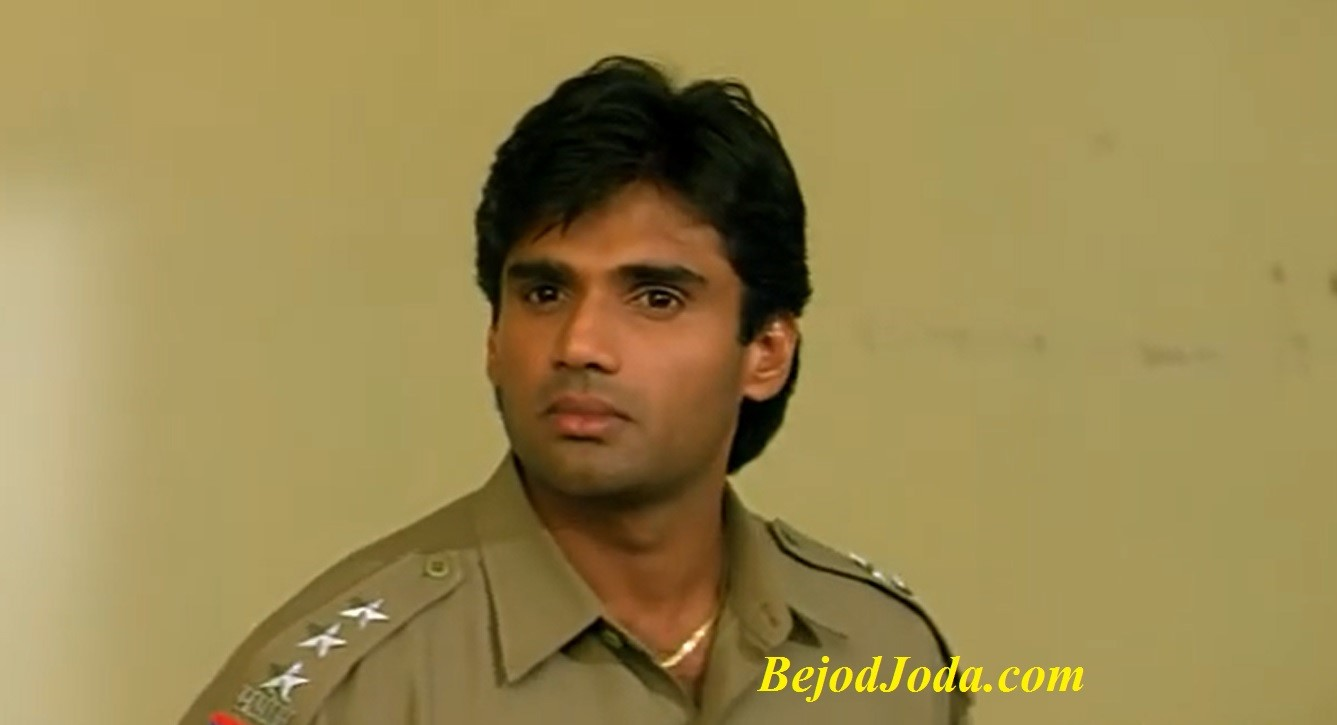 Sunil Shetty as a policeman in film Dilwale